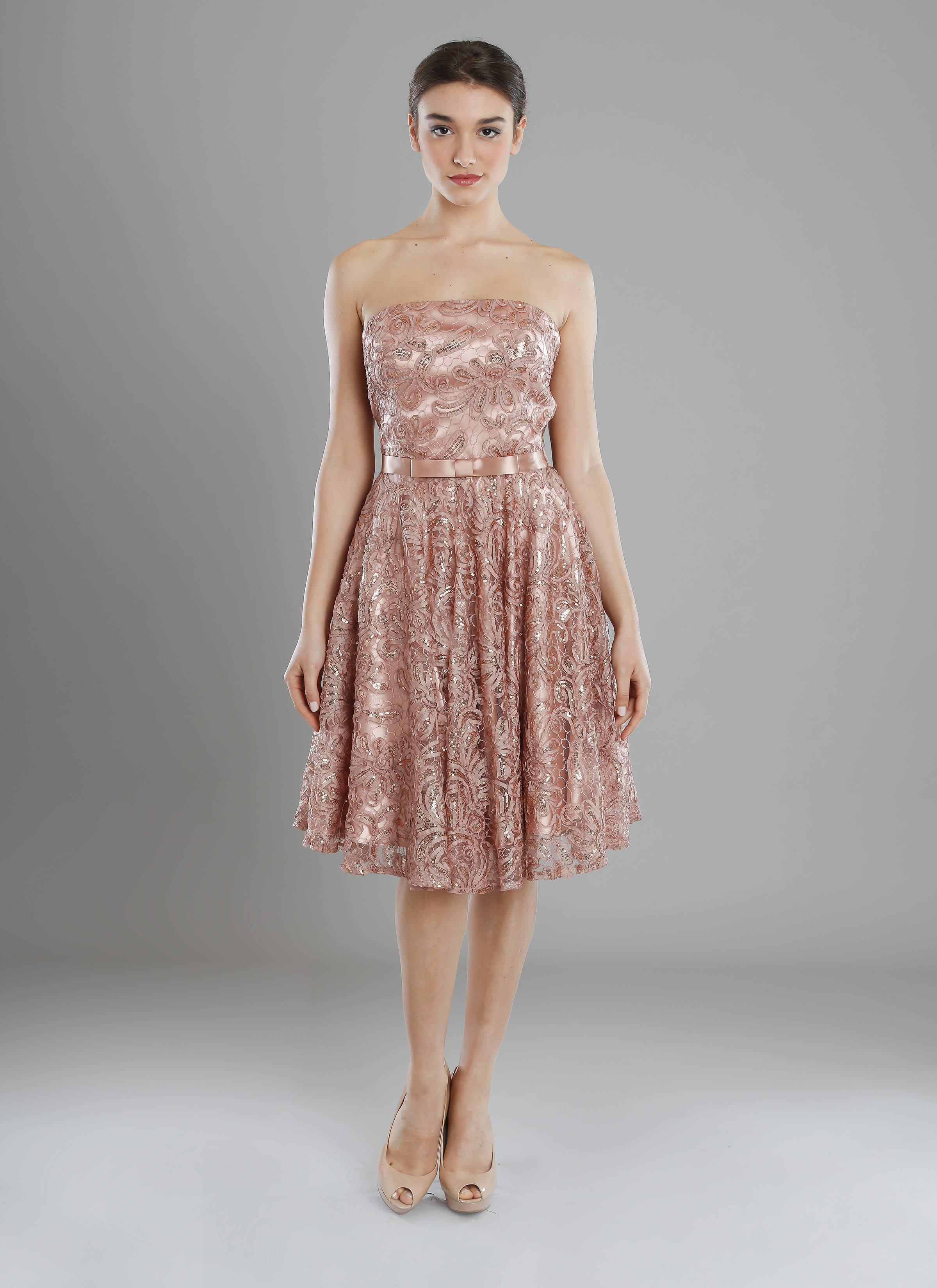 quality design c7241 d99e1 Atelier Mariella Gennarino | Abito corto rosa cipria con ricami