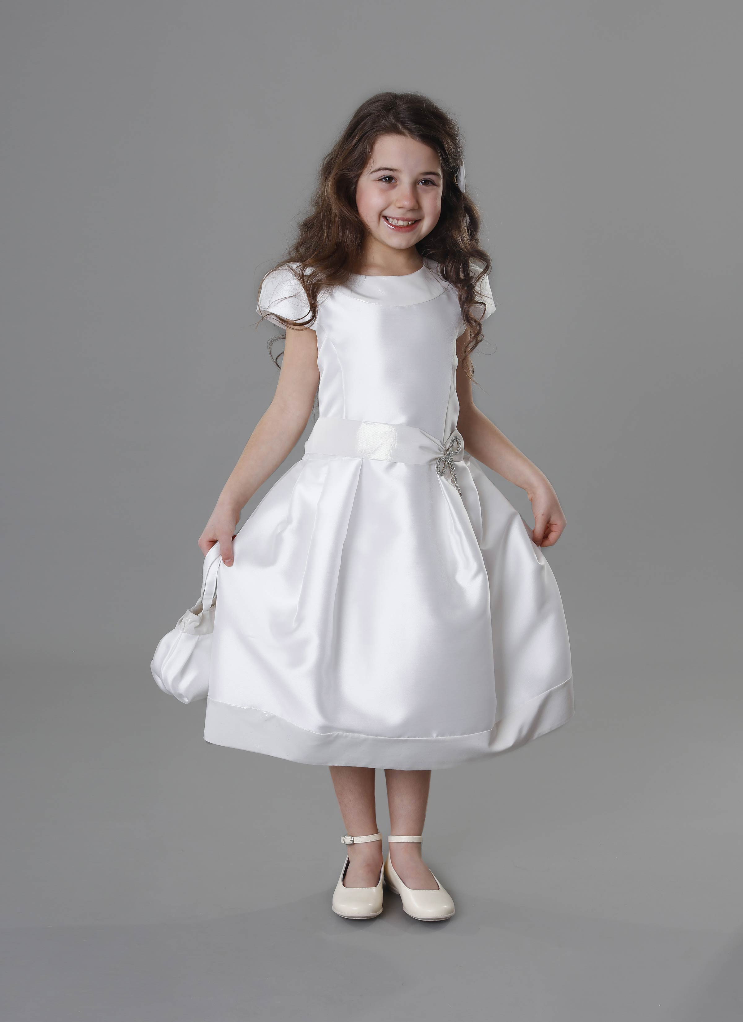 prezzo di fabbrica acquista per super qualità Atelier Mariella Gennarino | Vestito da damigella per bambina in raso