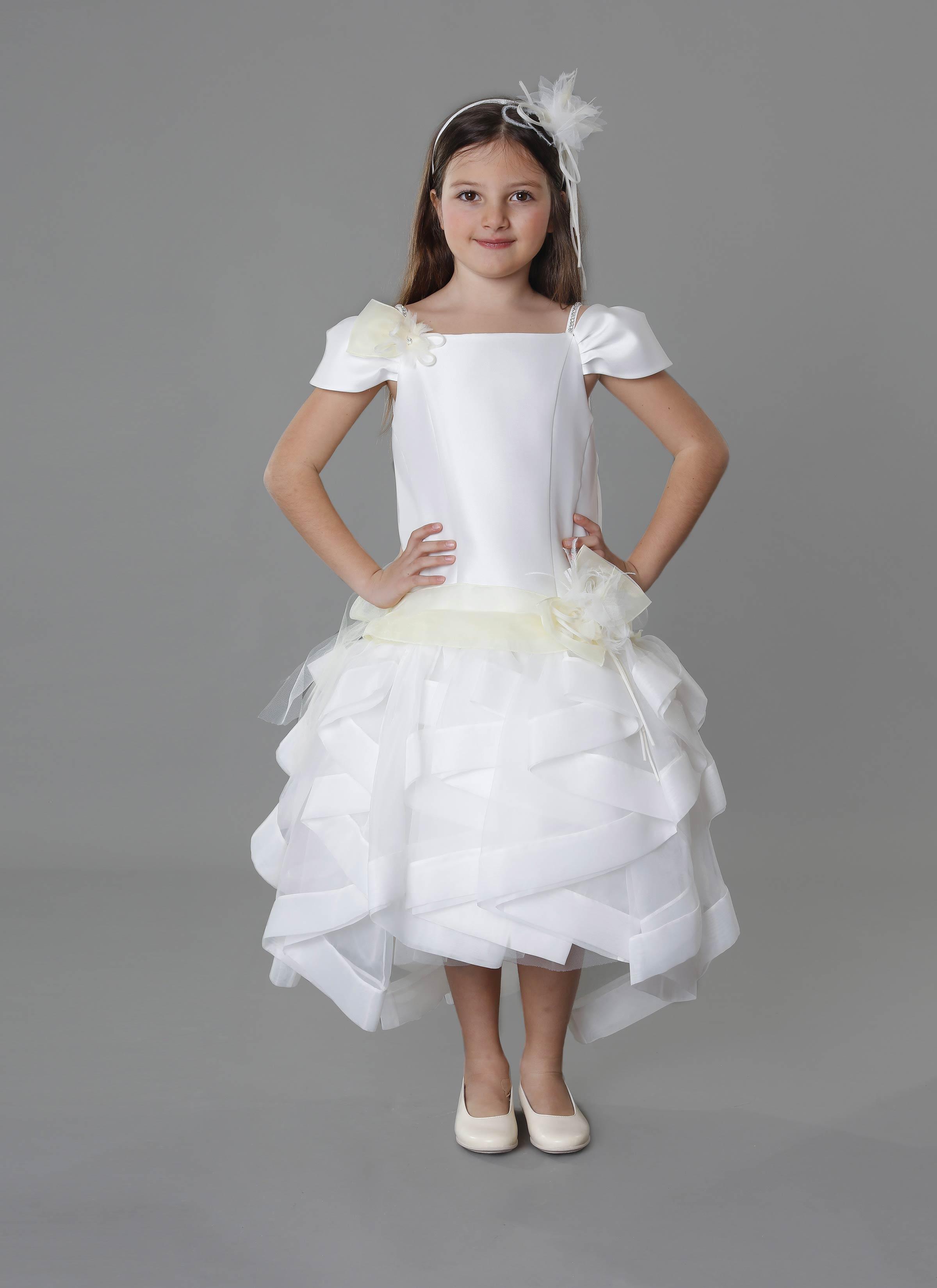 ad07c36baf2b Collezione Piccole Donne. Atelier alta moda abiti damigella bambina Catania  - Mariella Gennarino