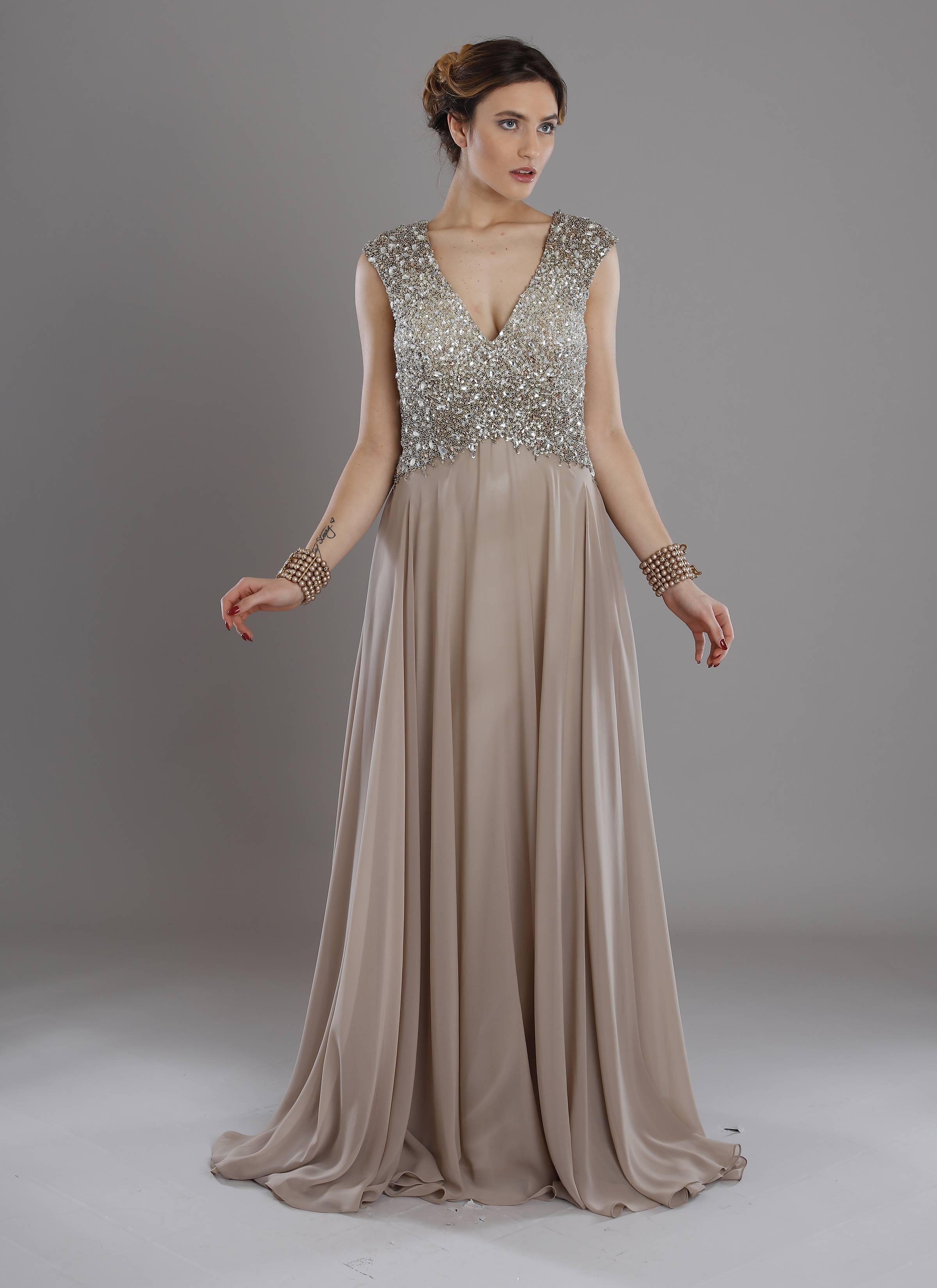 new style 51ea2 67ba4 Mariella Gennarino | Vestito lungo per cerimonia con corpino ricamato