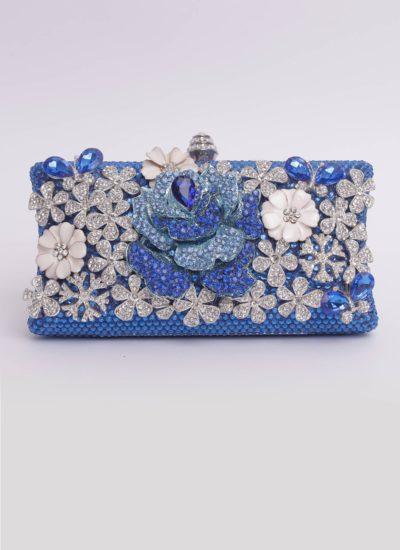 Clutch blu con swarovski e fiori Mariella Gennarino