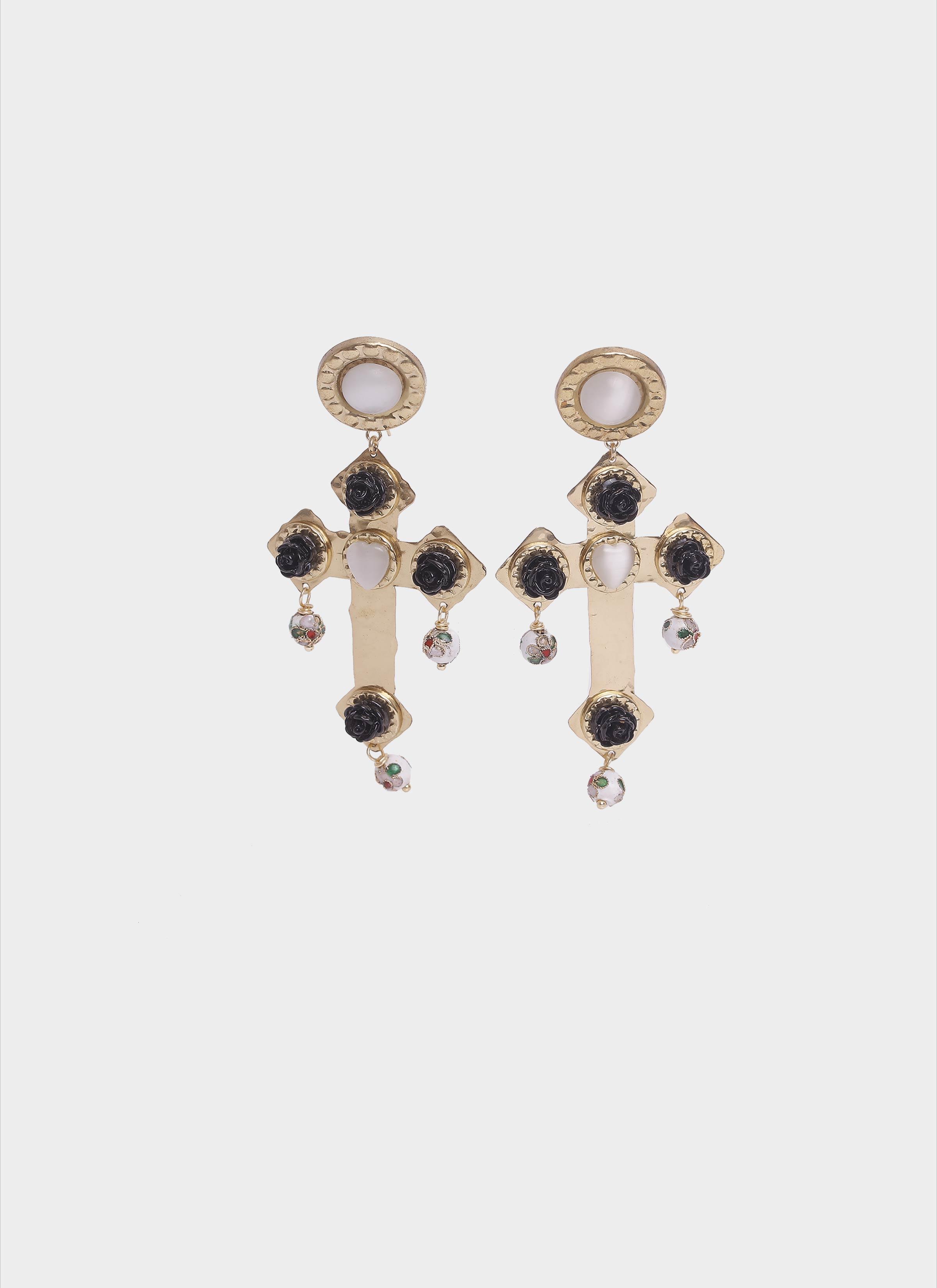 Orecchini a forma di croce in ottone con roselline Mariella Gennarino